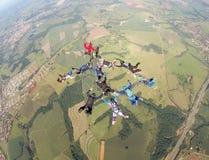 Skydiving grupy formacja fotografia stock