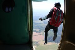 skydiving Un momento de salida imágenes de archivo libres de regalías