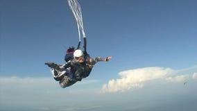Skydivingsvideo tandem stock video