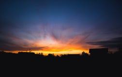 Skyen är på Fire Royaltyfria Foton