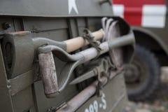 Skyffla yxan på den militära viintagebilen oss armén Royaltyfri Foto