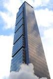 Skyhögt torn Arkivfoton