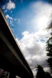 Skyhuvudväg royaltyfria bilder