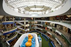 Free Skylight, Shops And Kids Play Area Inside The Centro Comercial Santafe Royalty Free Stock Images - 138584119