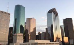 Skyline bei Sonnenuntergang stockfotografie
