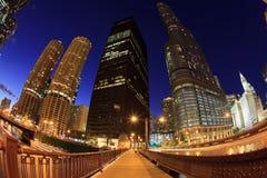 Skyline bonita da noite de Chicago Imagens de Stock