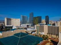 Skyline bonita da tira de Las Vegas com o hotel de NY NY e o casino - LAS VEGAS - NEVADA - 12 de outubro de 2017 Fotos de Stock