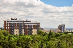 Skyline da arquitetura da cidade de Belgorod, Rússia Vista aérea na luz do dia Fotos de Stock Royalty Free