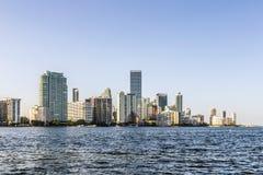 Skyline da arquitetura da cidade do bayfront de Miami Imagens de Stock Royalty Free