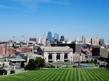 Skyline da baixa de Kansas City Fotos de Stock Royalty Free