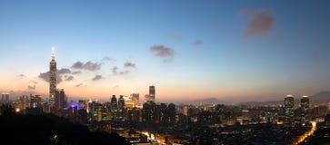 Skyline da cidade Fotos de Stock Royalty Free
