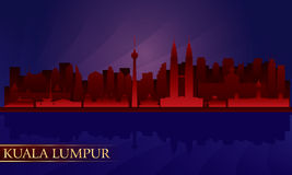 Skyline da cidade da noite de Kuala Lumpur Fotos de Stock Royalty Free