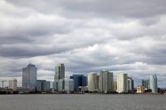 Skyline da cidade de Newport/Jersey fotografia de stock