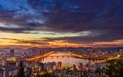 Skyline da cidade de Seoul Imagens de Stock