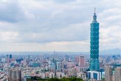 Skyline da cidade de taipei com a construção a mais alta em Formosa Fotografia de Stock Royalty Free