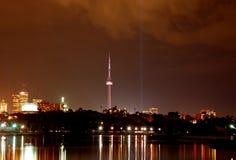 Skyline da cidade de Toronto (noite) fotografia de stock royalty free