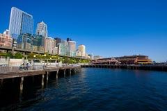 Skyline da cidade do beira-rio de Seattle Fotografia de Stock