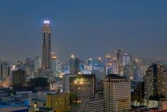 Skyline da noite de Banguecoque Fotos de Stock Royalty Free
