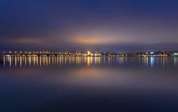 Skyline da noite de Dnipropetrovsk Imagens de Stock