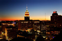 Skyline da noite de San Antonio fotografia de stock