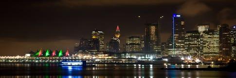 Skyline da noite de Vancôver Fotos de Stock Royalty Free