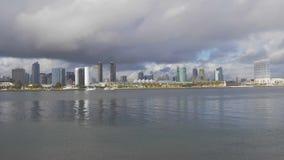 Skyline da opini?o de ?ngulo larga de San Diego - CALIF?RNIA, EUA - 18 DE MAR?O DE 2019 filme
