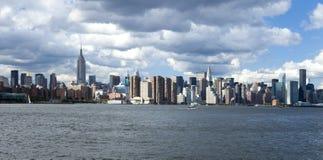 A skyline da parte alta da cidade de New York City Fotografia de Stock Royalty Free