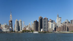 A skyline da parte alta da cidade de New York City Foto de Stock Royalty Free