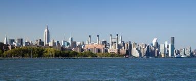 A skyline da parte alta da cidade de New York City Imagem de Stock Royalty Free