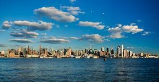 Skyline da parte alta da cidade de New York City Foto de Stock Royalty Free