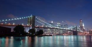 Skyline da ponte e do Manhattan de Brooklyn Fotografia de Stock
