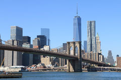 Skyline da ponte e do Manhattan de Brooklyn Fotos de Stock Royalty Free