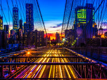 Skyline da ponte e do Manhattan de Brooklyn no por do sol Imagem de Stock Royalty Free