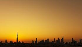 Skyline da silhueta de Dubai Imagens de Stock