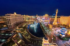Skyline da tira de Las Vegas na noite Imagens de Stock Royalty Free