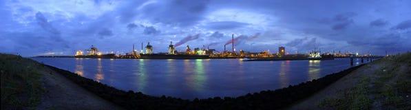 Skyline das fundições de aço Imagens de Stock