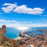 Skyline de Alicante da Espanha do castelo foto de stock