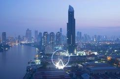 Skyline de Banguecoque na noite Foto de Stock