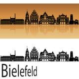 Skyline de Bielefeld no fundo alaranjado Fotos de Stock Royalty Free