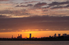 Skyline de Boston no por do sol Fotos de Stock Royalty Free