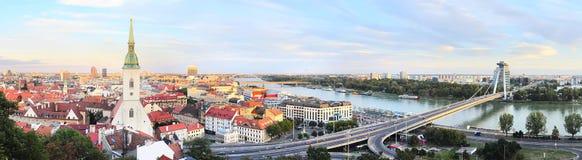 Skyline de Bratislava Fotos de Stock Royalty Free
