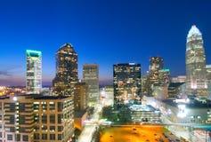 Skyline de Charlotte em horas do alvorecer Imagens de Stock