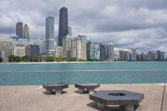 Skyline de Chicago de Milton Lee Olive Park Foto de Stock Royalty Free