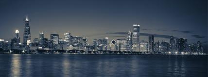 Skyline de Chicago panorâmico Fotos de Stock
