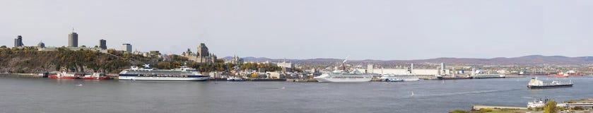 Skyline de Cidade de Quebec, vista panorâmica no outono imagem de stock royalty free