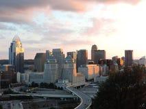 Skyline de Cincinnati da montagem Adams imagens de stock royalty free