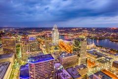 Skyline de Cincinnati, Ohio, EUA imagens de stock