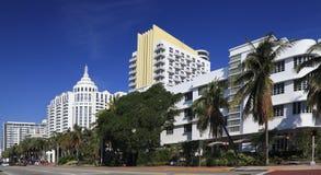 Skyline de Collins Avenue Art Deco em Miami Beach, Florida Fotografia de Stock