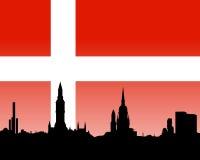 Skyline de Copenhaga com bandeira Imagens de Stock Royalty Free