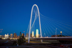 Skyline de Dallas City no crepúsculo Foto de Stock Royalty Free
